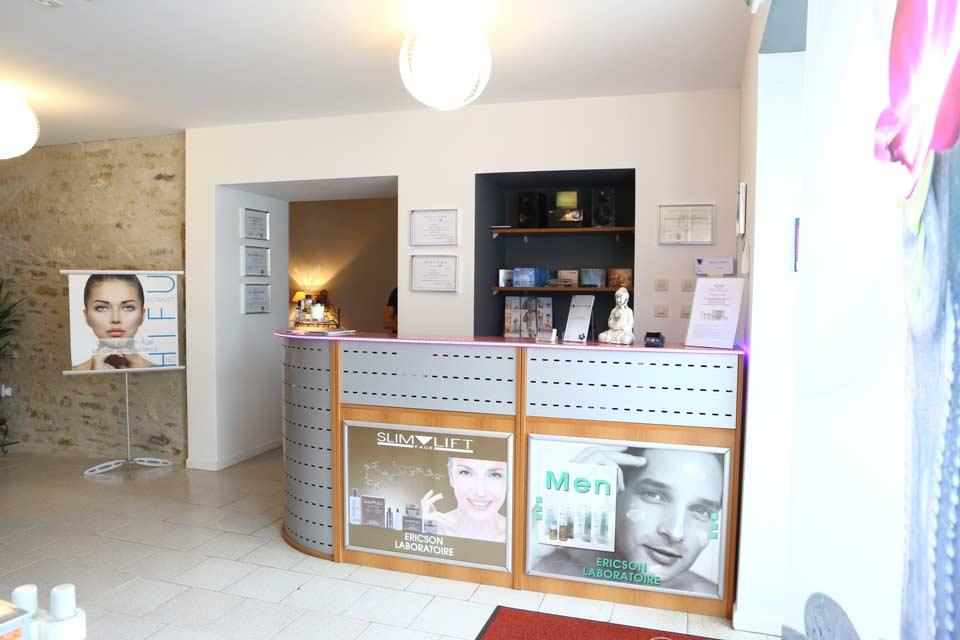 Soins visage et traitement anti-age Carole Institut en Vendée Les Sables d'Olonne
