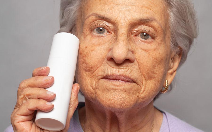 Prendre soin d'une peau mature - Carole Institut à Talmont Saint Hilaire en Vendée