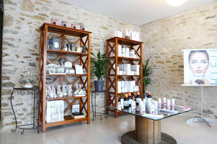 Epilation et salon de beauté à Talmont Saint Hilaire en Vendée Carole Institut proche des Sables d'Olonne